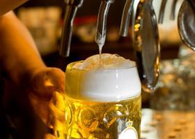 Κίνδυνος να ξεμείνουμε από μπύρες και αναψυκτικά αυτό το καλοκαίρι - Κεντρική Εικόνα