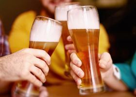 Ένας στους δύο Έλληνες έχει στραφεί στα «ελληνόφωνα» σήματα μπύρας - Κεντρική Εικόνα