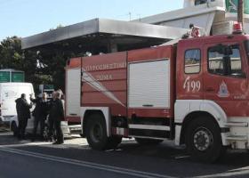 Τα πρώτα βίντεο μετά την τρομερή έκρηξη στο βενζινάδικο της Αναβύσσου (videos) - Κεντρική Εικόνα