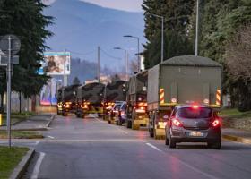 Κορωνοϊός-Ιταλία: Ο χειρότερος εφιάλτης στο Μπέργκαμο - Στρατιωτικό κονβόι μεταφέρει δεκάδες πτώματα (Photos/Videos) - Κεντρική Εικόνα
