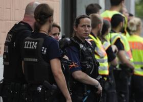 Άγνωστος πυρπόλησε άστεγους σε σταθμό του Βερολίνου - Κεντρική Εικόνα