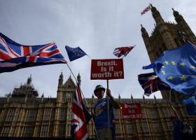 Reuters: Πιο πιθανό να ακυρωθεί το Brexit παρά να γίνει χωρίς συμφωνία - Κεντρική Εικόνα