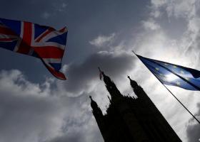 Στο μισό έχουν μειωθεί οι θέσεις εργασίας στο Λονδίνο λόγω Brexit - Κεντρική Εικόνα