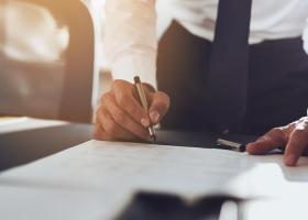 Αλλαγές στις εισφορές για διαχειριστές ΙΚΕ, ΕΠΕ και ΟΕ - Κεντρική Εικόνα