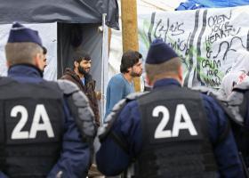 Νέα εκκένωση καταυλισμού μεταναστών στη Γαλλία - Κεντρική Εικόνα