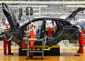 Πρόσωπα-έκπληξη στο top-10 των ζάπλουτων της αυτοκινητοβιομηχανίας (Photos) - Κεντρική Εικόνα