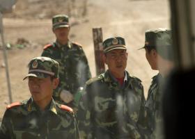 Κινεζικές δυνάμεις συγκεντρώνονται στη Σεντζέν κοντά στο Χονγκ Κονγκ - Κεντρική Εικόνα