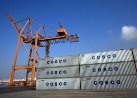 Στον Πειραιά το πλωτό «τέρας» της Cosco! (photos+video) - Κεντρική Εικόνα