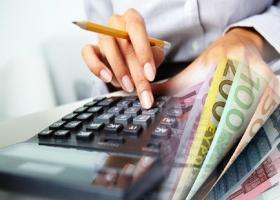 Μειώθηκαν τα επιτόκια στα νέα δάνεια προς νοικοκυριά και επιχειρήσεις - Κεντρική Εικόνα