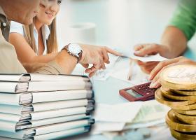 ΤτΕ: Αύξηση του επιτοκίου νέων δανείων, αμετάβλητο το επιτόκιο καταθέσεων - Κεντρική Εικόνα