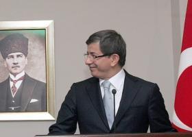 Νταβούτογλου: Ο άλλοτε σύμμαχος του Ερντογάν μετατράπηκε σε επικριτή του - Κεντρική Εικόνα