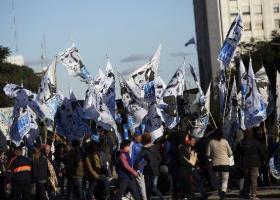 Αργεντινή: Δεκάδες χιλιάδες διαδηλωτές κατά λιτότητας και ΔΝΤ - Κεντρική Εικόνα