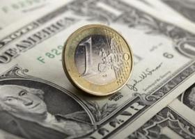 Το ευρώ ενισχύεται 0,30% και διαμορφώνεται στα 1,1701 δολάρια - Κεντρική Εικόνα