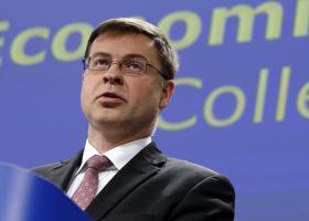 Dombrovskis: Πρόοδος στη β' αξιολόγηση μπορεί να σημάνει επιστροφή στην ανάπτυξη - Κεντρική Εικόνα