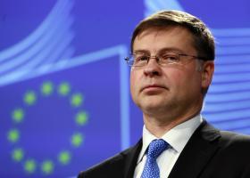 Ντομπρόβσκις: Παρακολουθούμε τα νέα μέτρα που ανακοινώνει η Γαλλία και τις επιπτώσεις τους στον προϋπολογισμό - Κεντρική Εικόνα