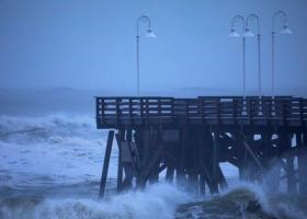 Ενισχύθηκε ο κυκλώνας Ντόριαν, κατατάσσεται εκ νέου στην κατηγορία 3 - Κεντρική Εικόνα