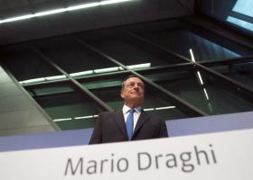 Eπιβεβαιώνει την επιβράδυνση στην ευρωζώνη ο Ντράγκι  - Κεντρική Εικόνα