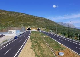 Χρηματοδότηση 306 εκατ. ευρώ για την κατασκευή του αυτοκινητοδρόμου Κεντρικής Ελλάδας - Κεντρική Εικόνα