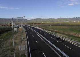 Παραδίδονται στους οδηγούς Ε-65 και Ιόνια Οδός σε τρεις μήνες  - Κεντρική Εικόνα