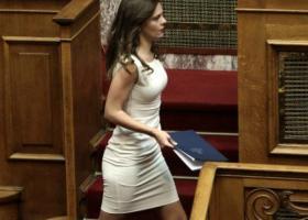 Αχτσιόγλου: Στηρίζουμε έμπρακτα εκείνους που σήκωσαν στις πλάτες τους τις πολιτικές της λιτότητας - Κεντρική Εικόνα
