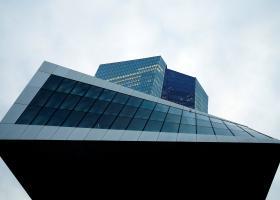 Νέα μέτρα για τη σωτηρία της ευρωπαϊκής οικονομίας φέρνει η ΕΚΤ - Κεντρική Εικόνα