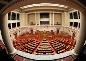 Πώς διαμορφώνονται οι έδρες με βάση τα exit polls - Κεντρική Εικόνα