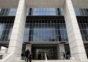 Εισβολή 30 ατόμων στο Εφετείο Αθηνών. Δεκατέσσερις προσαγωγές έως τώρα - Κεντρική Εικόνα
