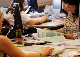 Εφορία: Σε πόσες δόσεις θα πληρωθούν φέτος φόρος εισοδήματος και ΕΝΦΙΑ - Κεντρική Εικόνα