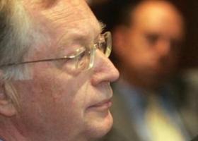Έφυγε από τη ζωή ο πρώην πρόεδρος του Χρηματιστηρίου Μ. Ξανθάκης - Κεντρική Εικόνα