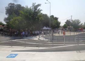 Με συνθήματα κατά της κυβέρνησης τα εγκαίνια της υπόγειας διάβασης στα Τρίκαλα (Βίντεο) - Κεντρική Εικόνα