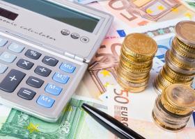 Πώς θα λάβουν επιστροφή φόρου τα ζευγάρια με κοινή φορολογική δήλωση - Κεντρική Εικόνα
