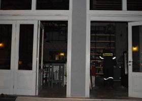 Μνήμες «Έβερεστ» ξύπνησε έκρηξη με φιάλη σε κουζίνα καταστήματος στα Χανιά (photos) - Κεντρική Εικόνα