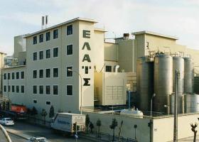 ΚΚR: Το αμερικανικό fund που μετά τη ΦΑΜΑΡ εξαγόρασε το ιστορικό εργοστάσιο της Ελαΐς - Κεντρική Εικόνα