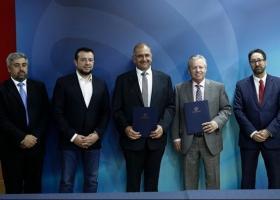 Υπογραφή συμφωνιών για εισαγωγή της Ελλάδας σε όλα τα στρώματα του διαστήματος - Κεντρική Εικόνα