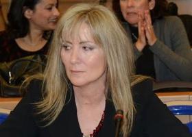 Αρνείται η Τουλουπάκη να στείλει τα απόρρητα έγγραφα στην Επιτροπή: «Μόνο με την άδεια του FBI» - Κεντρική Εικόνα
