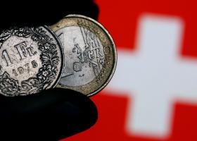 Έρχεται σημαντικό «κούρεμα» οφειλής γιαδάνειασε ελβετικό φράγκο - Κεντρική Εικόνα