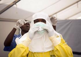 Τα πρώτα 4.000 πειραματικά εμβόλια για τον ιό του Έμπολα εστάλησαν στο Κονγκό - Κεντρική Εικόνα