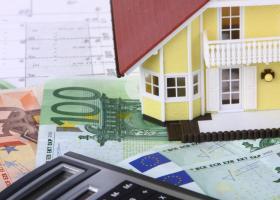Φορολογικό νομοσχέδιο: Οι νέες διευκολύνσεις για οφειλέτες Εφορίας και οι μειώσεις του ΕΝΦΙΑ  - Κεντρική Εικόνα