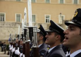 Τροπολογία 27 βουλευτών του ΣΥΡΙΖΑ για συνδικαλισμό στις Ένοπλες Δυνάμεις - Κεντρική Εικόνα
