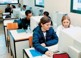 Άμεση διευθέτηση της καταβολής της αποζημίωσης στους σπουδαστές των ΕΠΑ.Σ του ΟΑΕΔ - Κεντρική Εικόνα
