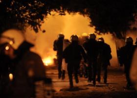 Δύο αστυνομικοί τραυματίες στα χθεσινά επεσόδια στο Πολυτεχνείο - Κεντρική Εικόνα
