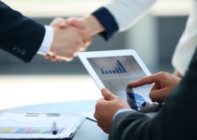 Νέα ηλεκτρονική υπηρεσία φέρνει τα πάνω-κάτω στις επιχειρήσεις - Κεντρική Εικόνα