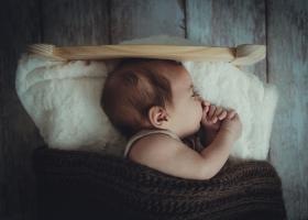 Επίδομα γέννησης: Κατατέθηκε στη Βουλή το νομοσχέδιο - Ποιοι δικαιούνται τα 2.000 ευρώ - Κεντρική Εικόνα