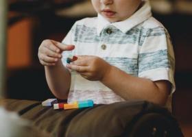 Επίδομα παιδιού: Πότε πληρώνεται η τελευταία δόση για το 2019 - Ξεκινούν οι αιτήσεις για το 2020 - Κεντρική Εικόνα