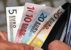 Οι τέσσερις κρίσιμες ημερομηνίες για το επίδομα των 534 ευρώ - Κεντρική Εικόνα