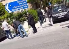 Βίντεο: Καταγγελία για ξυλοδαρμό μοτοσυκλετιστή από αστυνομικούς-συνοδούς επισήμου στο κέντρο της Αθήνας - Κεντρική Εικόνα
