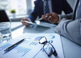 Δύο χρόνια capital controls: Πώς και πόσο επηρέασαν τις επιχειρήσεις - Κεντρική Εικόνα