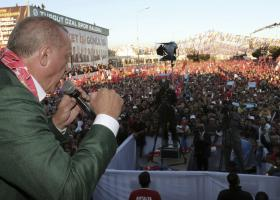Ο Ερντογάν έδειξε ξανά πλάνα από το βίντεο της επίθεσης στο Κράιστσερτς - Κεντρική Εικόνα