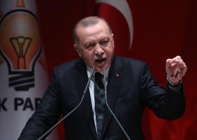 Απειλές Ερντογάν: Υπόσχεται «να δώσει ένα μάθημα» στον Χάφταρ - Κεντρική Εικόνα
