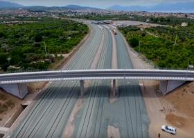 Εντυπωσιακό βίντεο με τη νέα διπλήσιδηροδρομική γραμμή Κιάτο - Αίγιο - Κεντρική Εικόνα